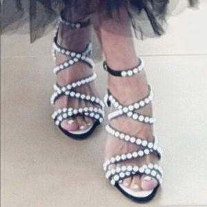 CHANEL Pearl Sandals Size 351/2